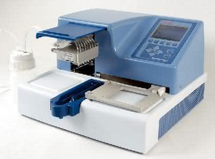 Mikrotiterplatten-Dispenser Multidrop Combi nL: Dosiert zuverlässig kleine Mengen