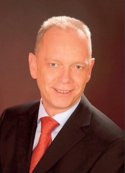 """Interview heinz Gerteiser, ABB Manager Robotics: """"Sicherheit durch Simulation"""""""