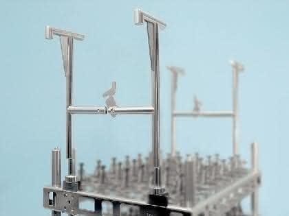 Trägersystem für Werkstücke: Ein einzelner Bügel
