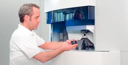 Koordinatenmessgerät F25: Mehr Sicherheit für  den Medizingerätebau
