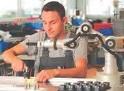 Knickarmroboter Katana: Neue Dimension in der Automatisierung