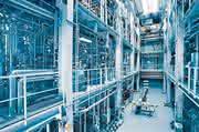 Forschung und Entwicklungsarbeiten: Vom Monomer zum Hochleistungsbauteil