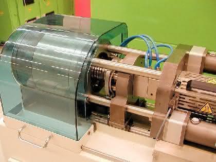Kleinspritzgießmaschinen: Klein und rein – die  Medizintechnik lockt
