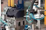 Automatisierung in der Kunststoffverarbeitung: Der Knickarm macht's