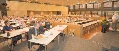 Kunststoff-Forum: Hochschule und Industrie Hand in Hand