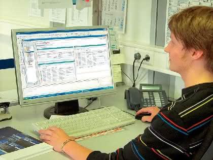 ERP-Software: Im Cockpit durchs Netz reisen