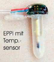 Labortechnik: Temperatur-Messsonde im Rotor einer Zentrifuge