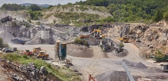 Gemeinsam mit dem Veranstalter Mendiger Basalt laden Beutlhauser, Epiroc und Kleemann vom 30. August bis 1. September zu den Steinbruchtagen Mendig ein.