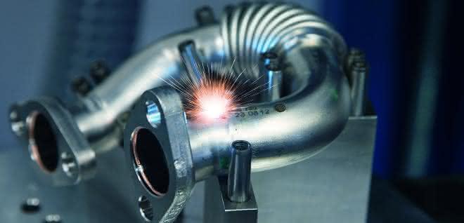Laserbeschriftung auf Krümmer