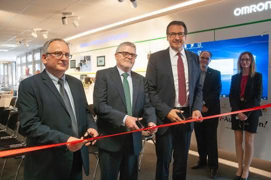 Eröffnung des neuen Innovation Center in Stuttgart.