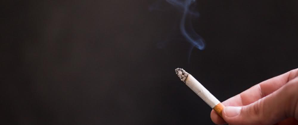 Rauchende Zigarette