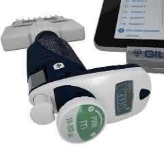Pipettman M Connetcted, eine smarte Pipette, ist über Trackman Connected, einem drahtlosen Tablet mit Pipettier-Tracking-Software, verbunden. Diese Produkte sollen helfen Fehler bei der Erhebung und Erfassung von Daten zu verringern.