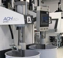 Auch die Dosierung des Flüssigsilikons ist im CC300 Bedienpanel der Spritzgießmaschine abgebildet.