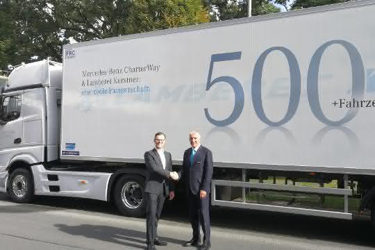 Lamberet übergibt 500. Kühlfahrzeug an Mercedes-Benz CharterWay
