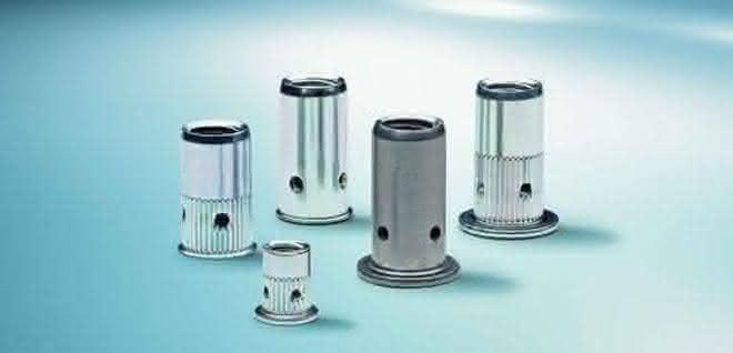 Befestigungs- und Lagerlogistiklösungen für Blech
