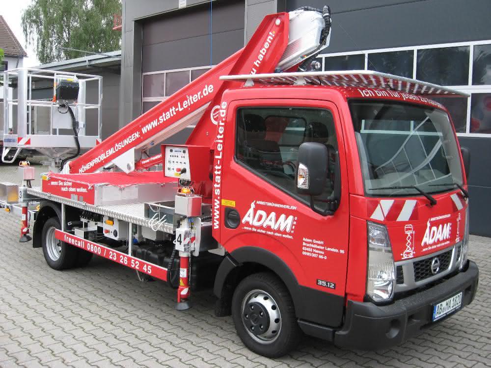 Riwal Arbeitsbühnenvermietung übernimmt Adam GmbH