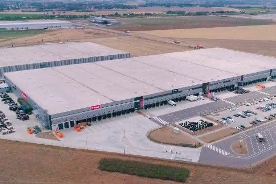 Das nahe am Flughafen Leipzig-Halle gelegene und 43.000 m2 große Bobcat Aftermarket Service Center