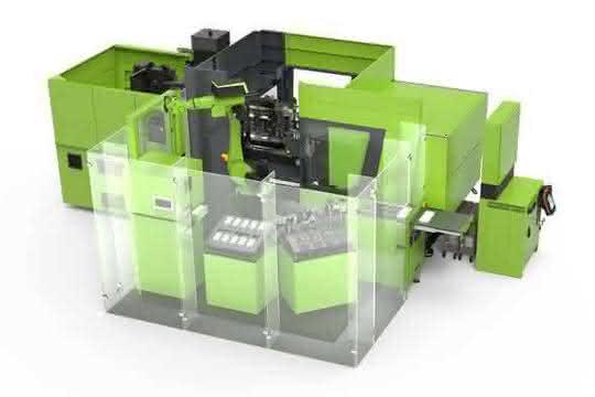 Spritzgießmaschine mit Knickarmroboter