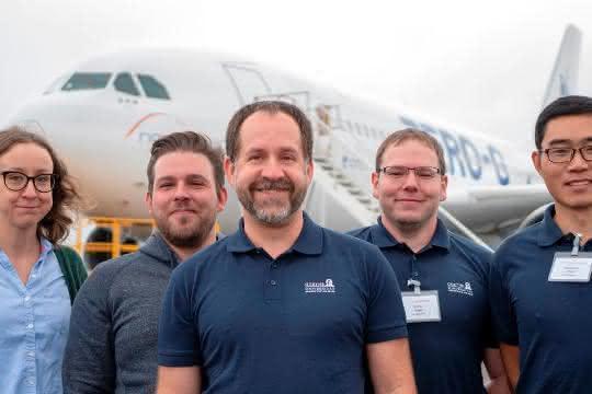 Das Team der Goethe Universität mit Kollegen von der Uni Wien und vom Deutschen Zentrum für Luft- und Raumfahrt