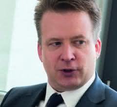 Dr. Lars Broszka