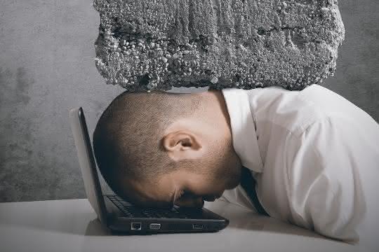 Digitaler Stress verursacht gesundheitliche Beschwerden und eine Minderung der beruflichen Leistung.