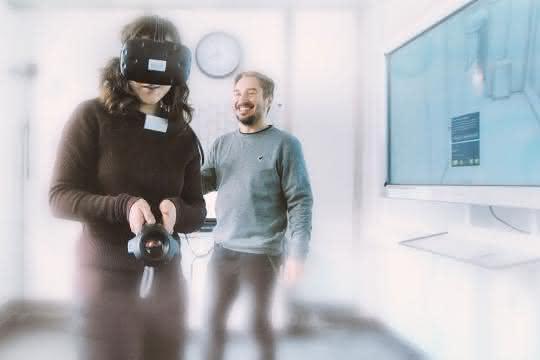 """Teilnehmer-Magnet: die 3D-Visualisierung unter dem Titel """"Industrie 4.0 in der Reinraumplanung / Risikoanalyse mit Virtual-Reality-Technik""""."""