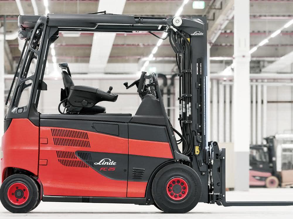 Weltpremiere für Linde Roadster mit Brennstoffzellenantrieb