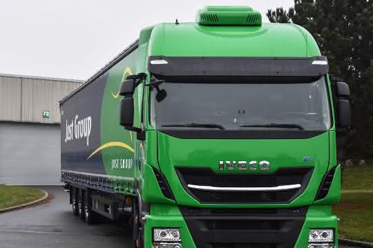 LNG-Fahrzeuge: Iveco übergibt 30 Stralis an Jost Gruppe