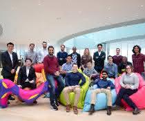 Start-up-Teams aus neun Ländern freuen sich über die Teilnahme am Merck-Accelerator-Programm.