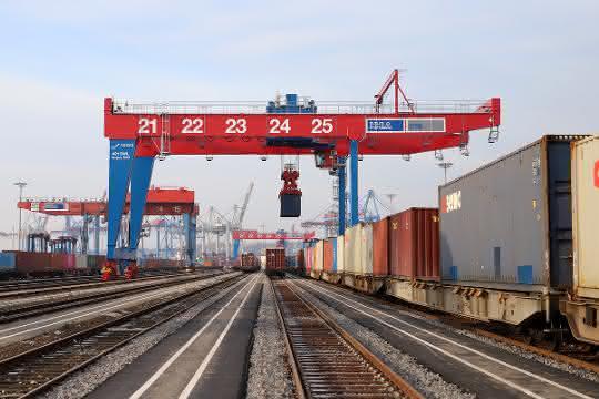 Ausbau: Containerbahnhof Burchardkai erweitert