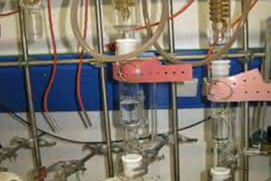 Mikrowellenbeschleunigte Lösungsmittel-Extraktion (MASE): Eine Alternative zur klassischen Soxhlett-Extraktion