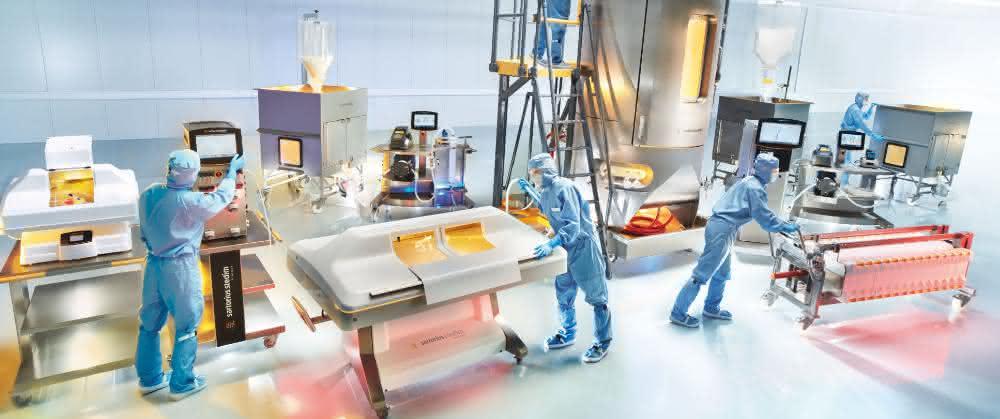 Damit Zellen bei der Herstellung von pharmazeutischen Wirkstoffen optimal wachsen können, werden die Zellen in einem Bioreaktor unter kontrollierten Bedingungen kultiviert. Innovative Technologien für die Herstellung von Biopharmazeutika hat die Sparte Bioprocess Solutions von Sartorius zu bieten.