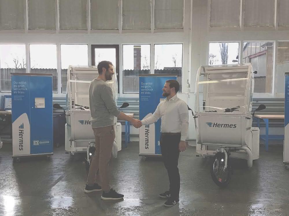 Handshake: Michael Peuker (links) und Wolf Schleevoigt.