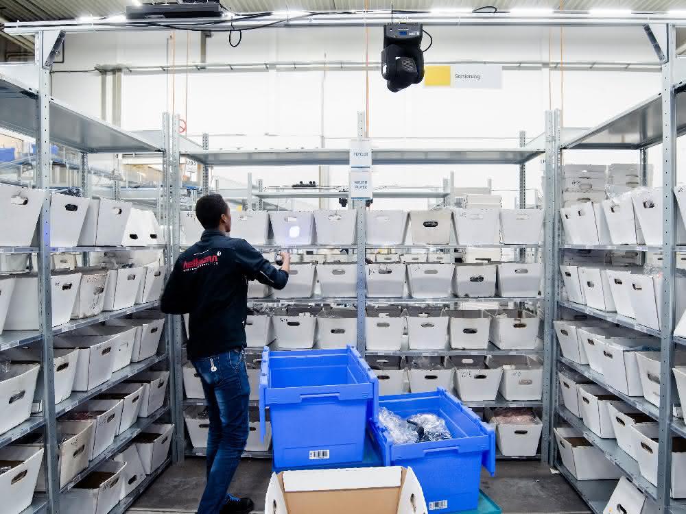 Hellmann und Symbic entwickeln innovatives Lichtleit-System