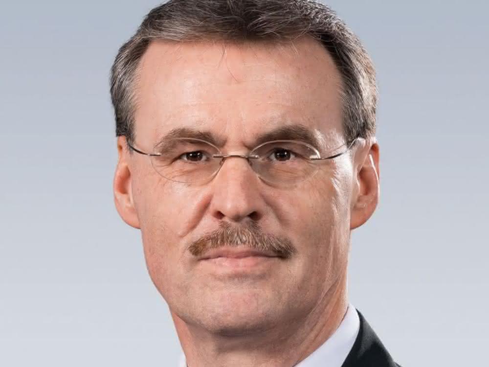 Dr. Bertram Hoffmann