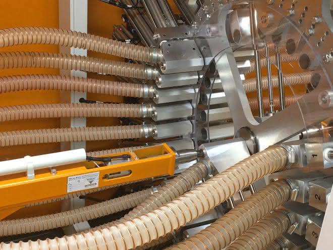 Kern der automatischen Materialerteilung bei P&G Braun – vier zusammengeschaltete Materialleitsysteme Navigator.