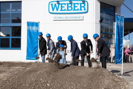 Spatenstich: Weber erweitert Firmensitz in Wolfratshausen