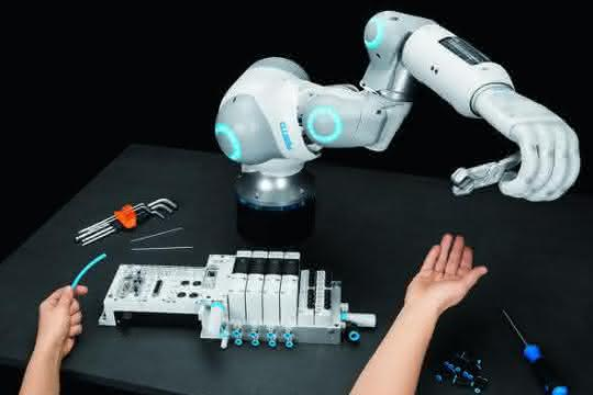 Bionic Soft Arm