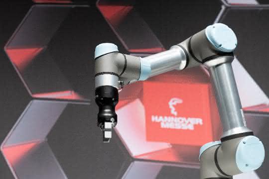 Auftakt zur Hannover Messe: UR mit e-Series in Hannover