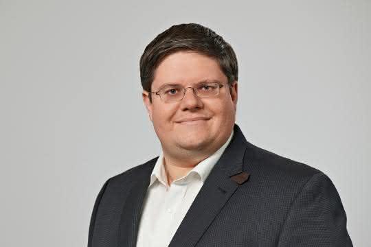 Dr. Alexander Broos