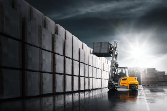 Elektrostapler: Neue Baureihe für den Außeneinsatz