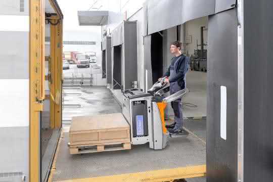 Elektro-Niederhubwagen: Agil unterwegs auf der Rampe