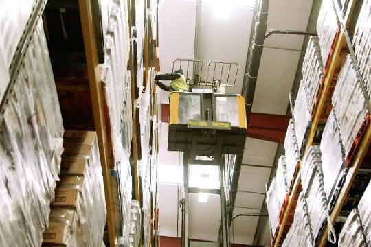 Lebensmittellogistik: 100 Stapler für 100.000 Paletten