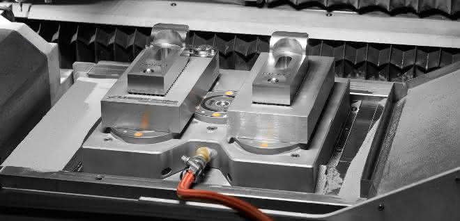 Rüstzeiten reduzieren: Spannung für Hybrid-Fertigung