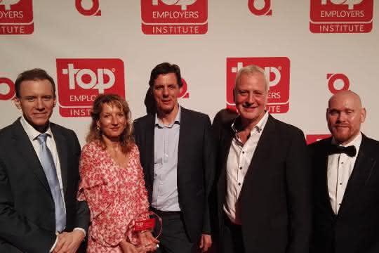 Zertifikat: Mitarbeiter im Fokus: Vanderlande als Top Employer 2019 zertifiziert
