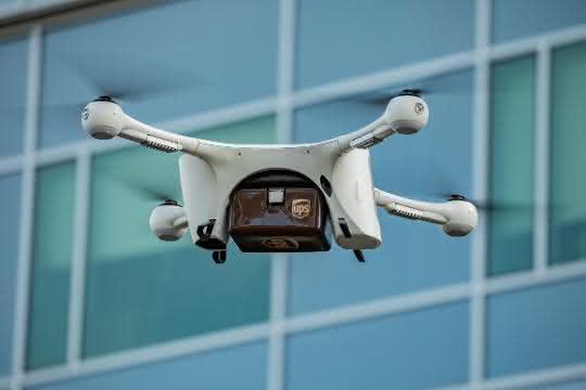 Drohnen in der Healthcare-Logistik: Medizinische Proben im Klinik-Komplex per Drohne transportiert