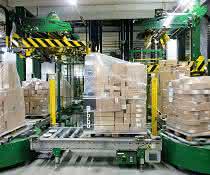 100 Paletten pro Stunde verpacken: Flexibles und präzises Verpackungssystem