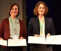 Die beiden Preisträgerinnen der Bayer Pharmaceuticals Promotionspreise: Katharina Braunger (links) und Katharina Imkeller (rechts).