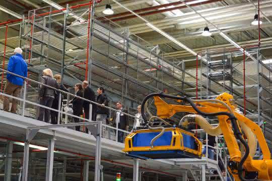 Tag der Logistik bei Dematic: Den Nachwuchs zieht's nach Heusenstamm