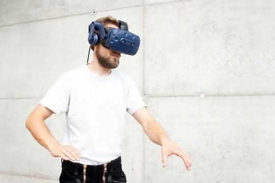 Lehrübungen an virtuellen Maschinen und Anlagen